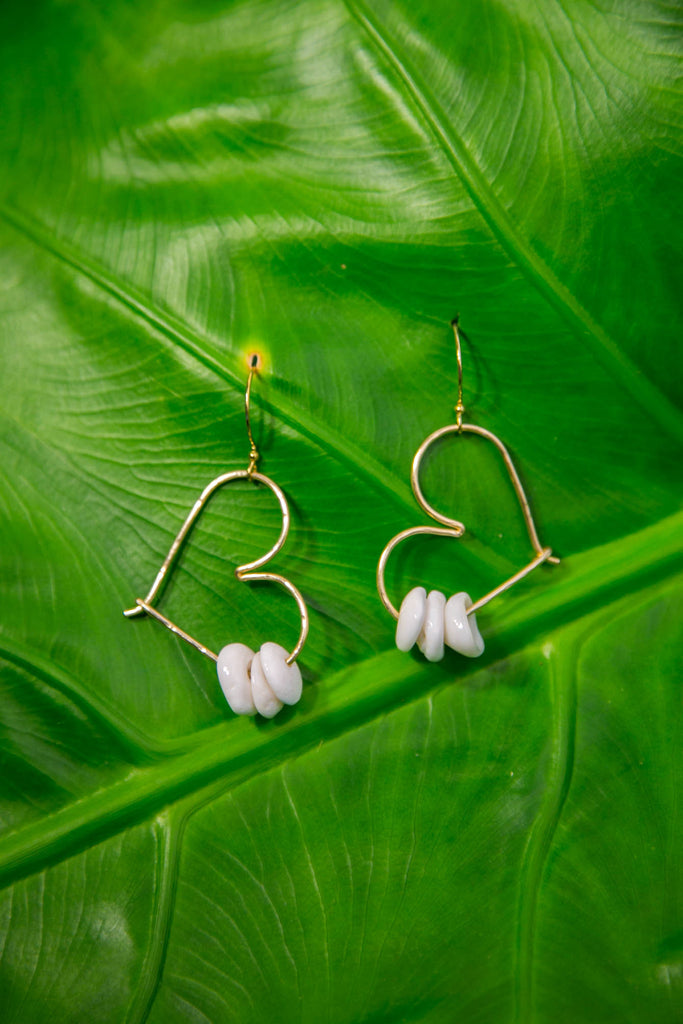 Heart Puka Shell Hoops - Gold