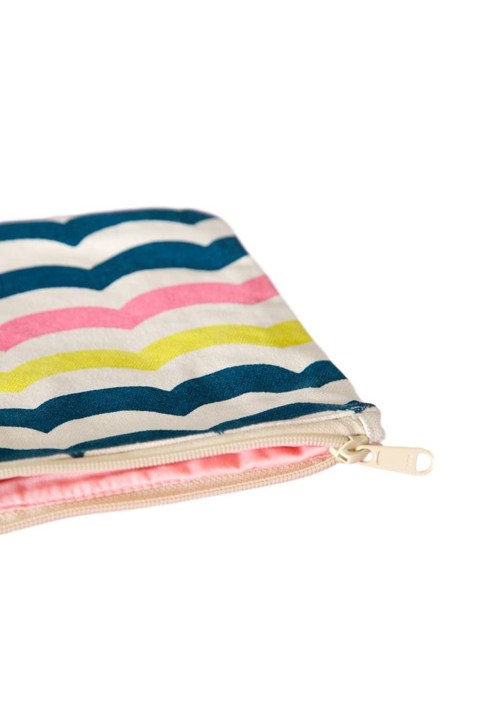CAMERON HAWAII Large Clutch - Multi Waves Dark