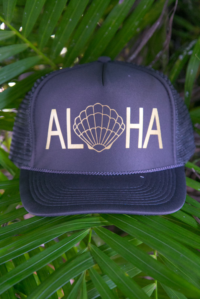 NOMAD HAWAII Aloha Trucker Hat - Sunrise Shell, Charcoal/Gold