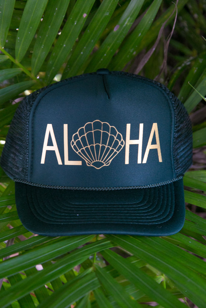 NOMAD HAWAII Aloha Trucker Hat - Sunrise Shell, Dark Green/Gold