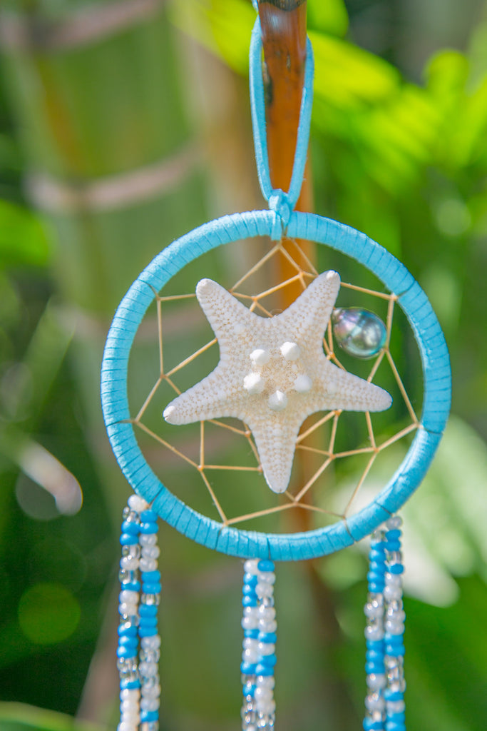 NOMAD HAWAII Small Ocean Dreamcatcher - Tahitian Pearl/Baby Blue