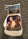 Original On-Site Picture Boxing Glove De La Hoya vs. Forbes