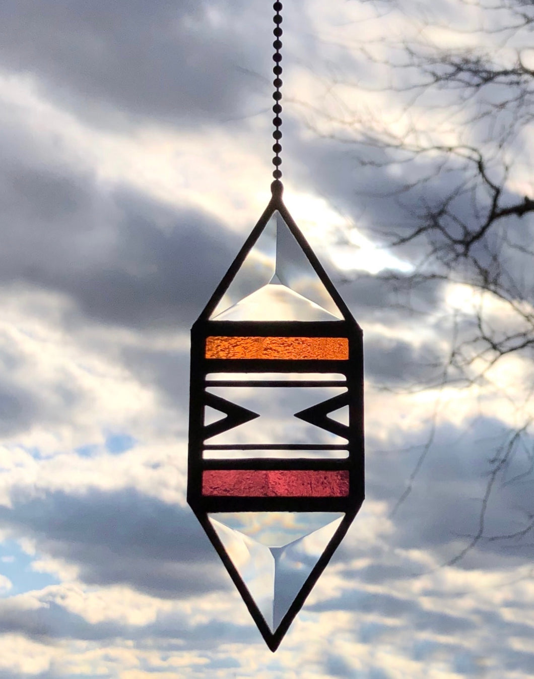 SMALL CORAL/PLUM TRIGON SUNCATCHER