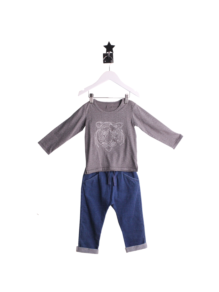 Grey cotton top with white tiger design. Denim blue trousers
