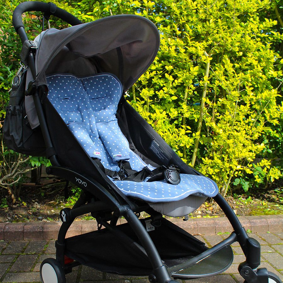Design: Blue with white stars. Car Seat/ Pushchair.