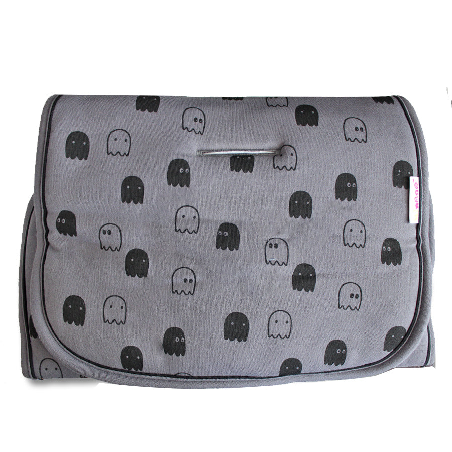Universal Pushchair/Buggy Liner - Grey With Grey & Black Ghost Print