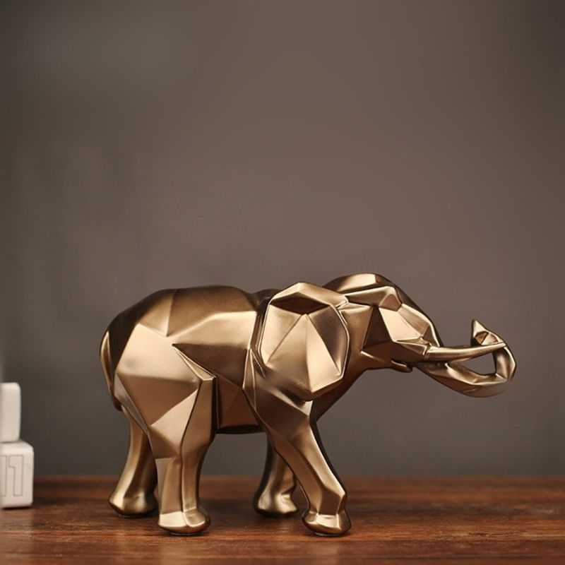 statue resine elephant sur table