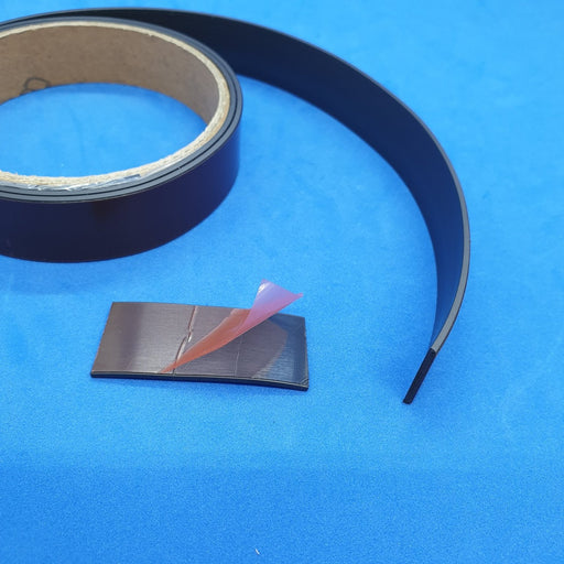 Self Adhesive Magnetic Rubber Tape Roll MAG30