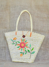 Load image into Gallery viewer, Flowers, buriti straw bag