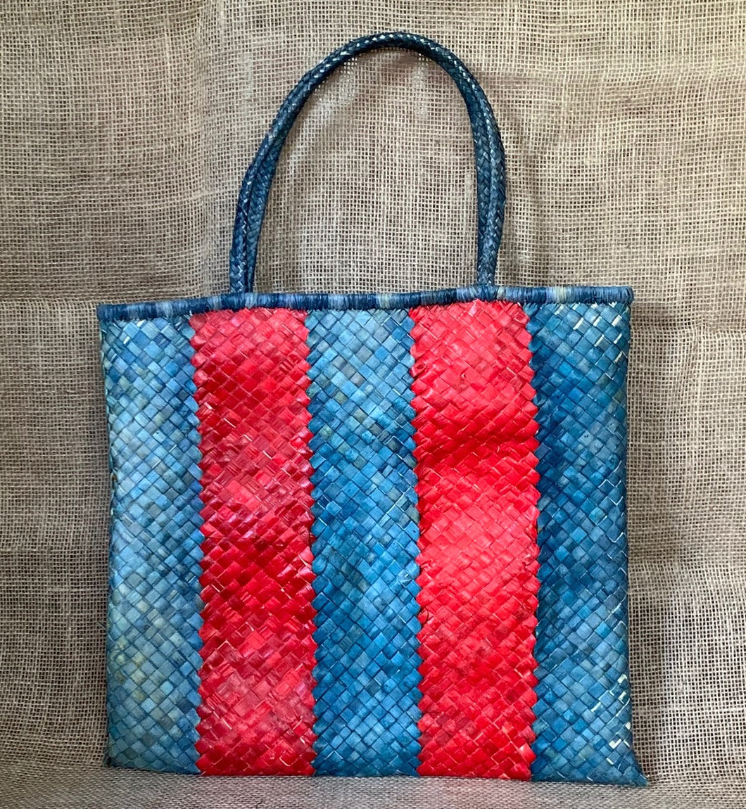 Striped beauty, handbag