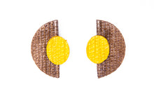 Carregar imagem no visualizador da galeria, Half moon, earrings