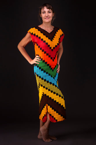 Geometrical symmetries, dress