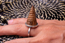 Load image into Gallery viewer, Cone, silver ring