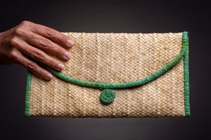 Summer vibes, straw clutch bag