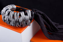Carregar imagem no visualizador da galeria, recycled soda pop tops and lycra bracelet