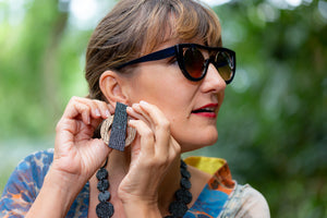 earrings with recycled materials and banana fibre, sustainable earrings