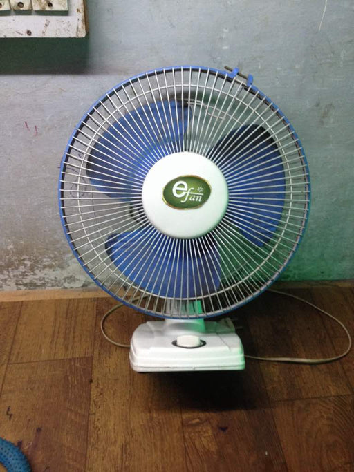 Solar BLDC CELLING FAN 220V AC Fan