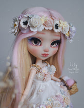 Load image into Gallery viewer, 132. Lily (Commission)