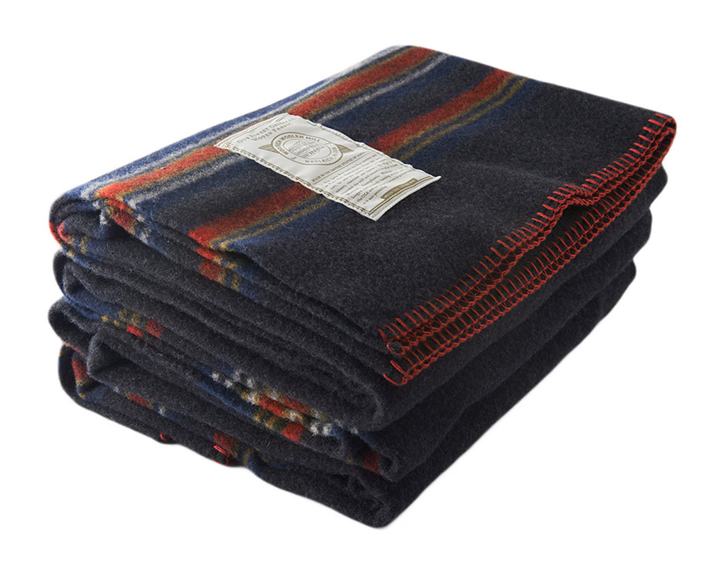"""Allegheny"" Throw Blanket (Charcoal)"