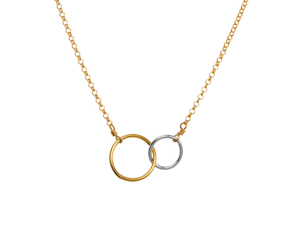"Dogeared Jewelry | ""Friends for Life"" Linked Rings Necklace 