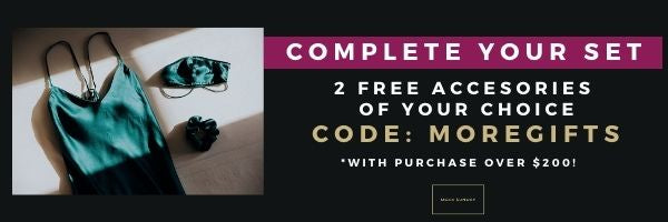 2 free accessories when you spend $200 or more use code MOREGIFTS