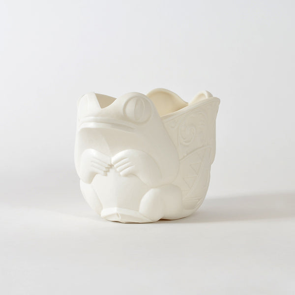 Emerging Porcelain Vase by Terry Jackson, Métis