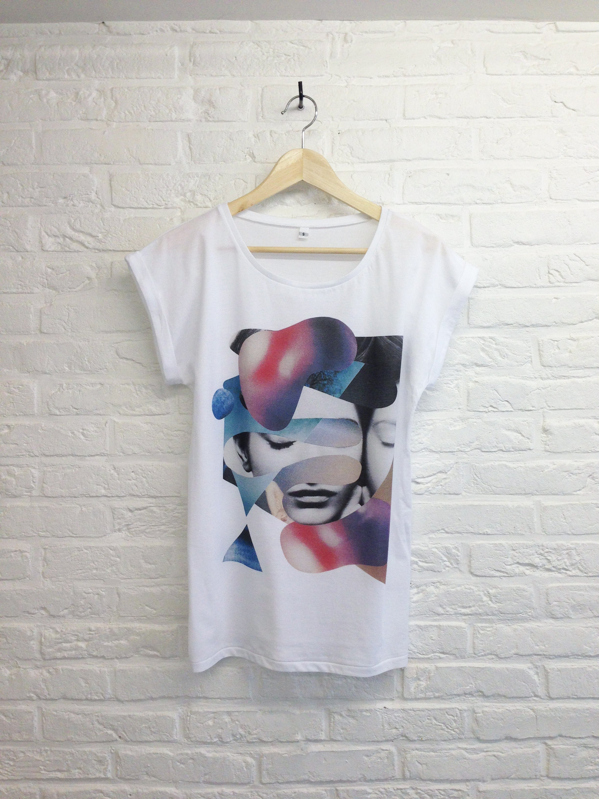 TH Gallery - Cocoon - Femme-T shirt-Atelier Amelot