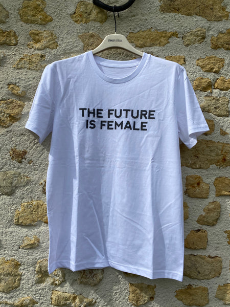 T shirt Future is female