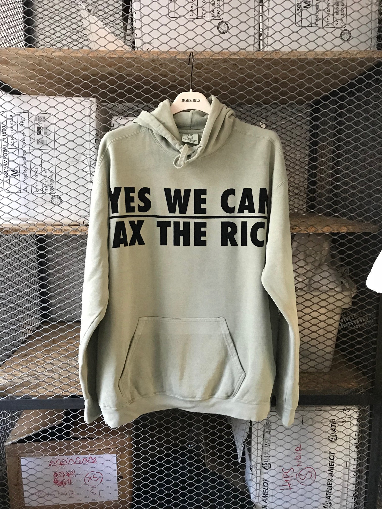 Yes we can tax the rich - Hoodie