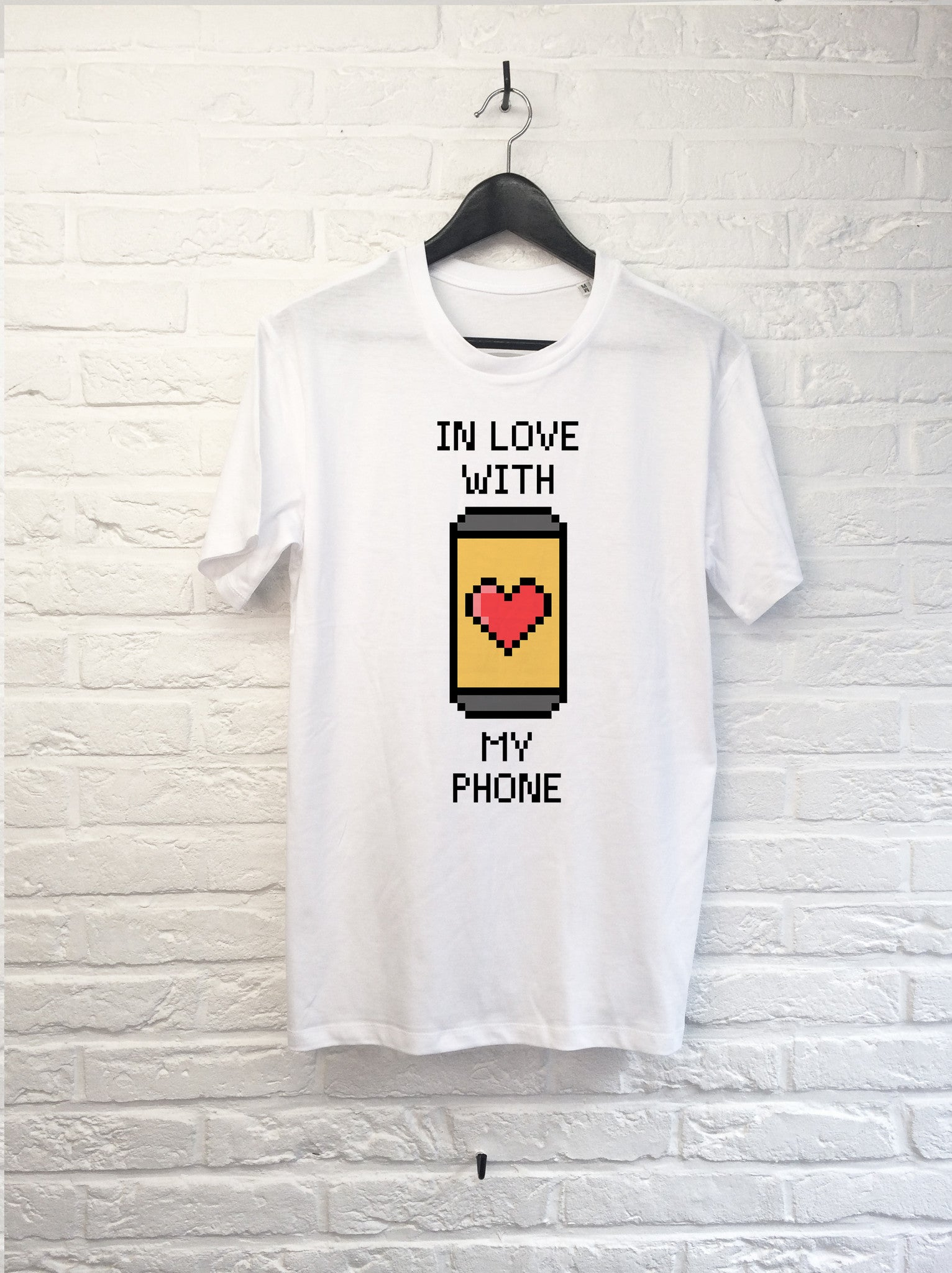 In love with my phone-T shirt-Atelier Amelot