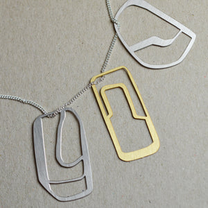 Capa: Abstract sketch necklace