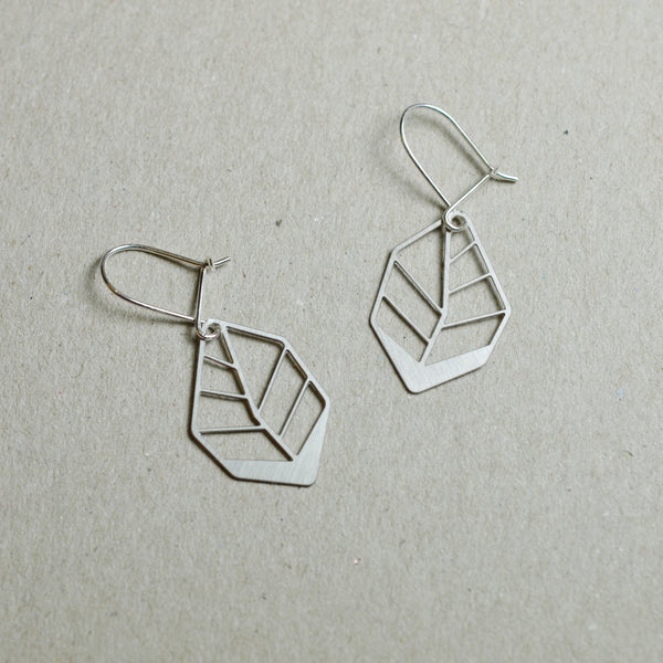 Hoja: Small abstract steel leaf earrings
