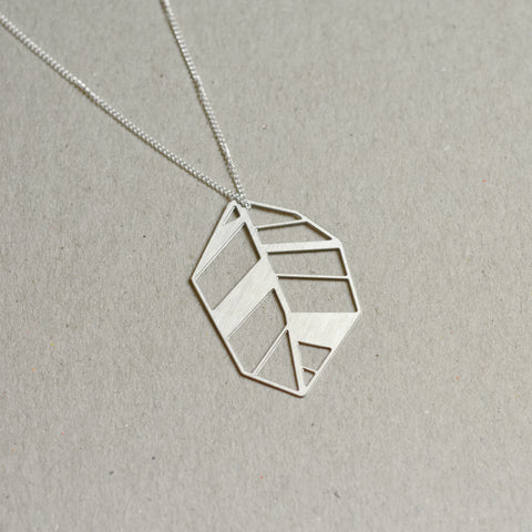 Lehti: Steel Abstract leaf necklace