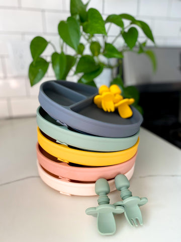 simply toofers suction plates in yellow, charcoal, blush and sage