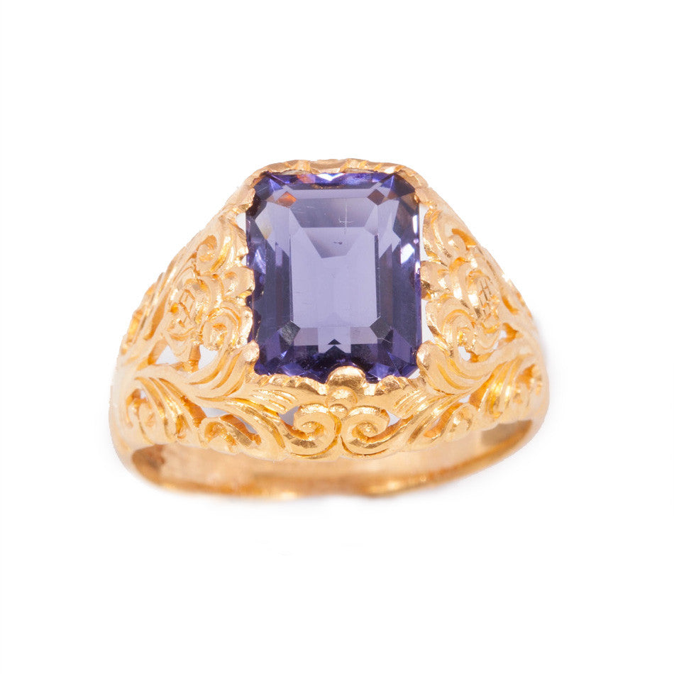 Antique Amethyst Ring in 22ct yellow gold