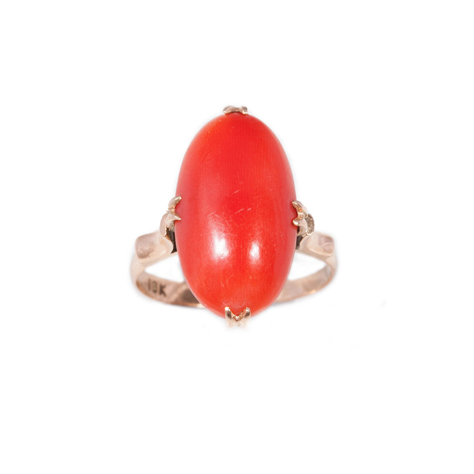Antique Coral ring set in 18ct rose gold.