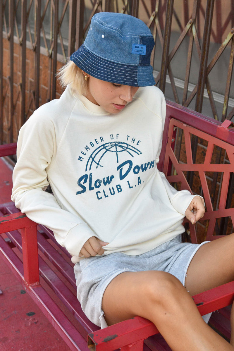 SLOW DOWN CLUB - IVORY SWEATSHIRT