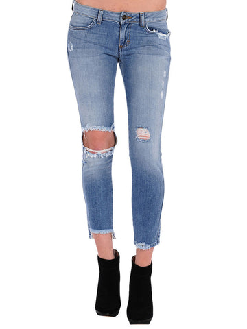 Ripped knee frayed hem blue jeans coachella festival summer style