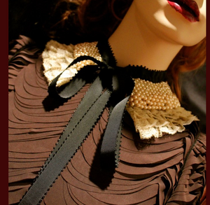 Pearly Rites~ Statement Collar