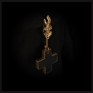 Hand of Valediction ~ Remembrance Clip (large cross) - Laura Flook
