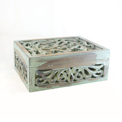 Carved Jardin Box