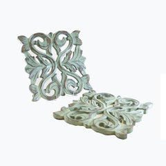 Carved Jardin Trivet