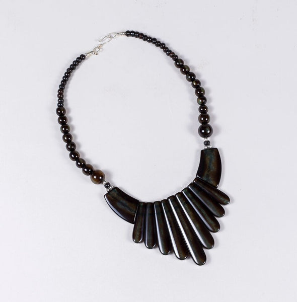 Mandarin Necklace (Brown)