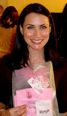 Rena Sofer & No Slippy Hair Clippy