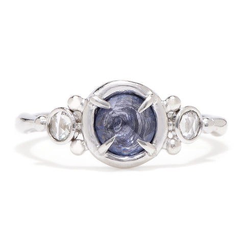 14K SAPPHIRE WITH DIAMONDS PUDDLE PRONG RING