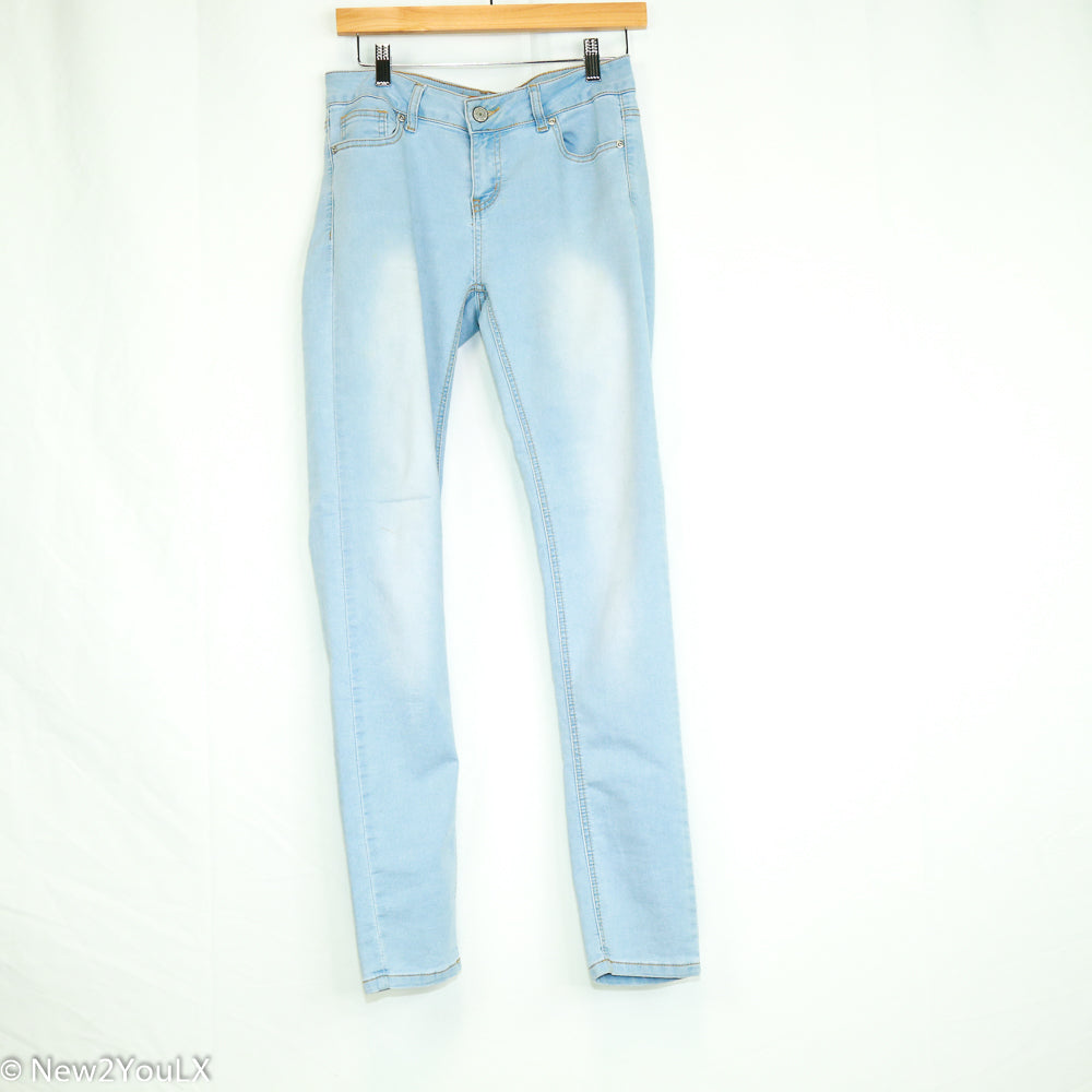 Light Wash Cozy Knit Denim (Wax Jeans) - New2Youlx