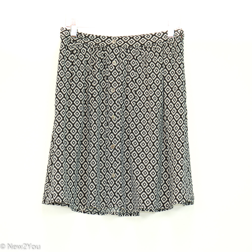 Black&White Geometric Skirt (Ann Taylor) - New2You LX