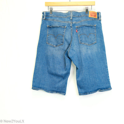Light Wash Long Shorts (Levi's)