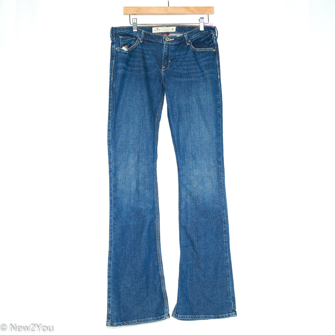 Dark Wash Flared Jeans (Hollister) - New2Youlx