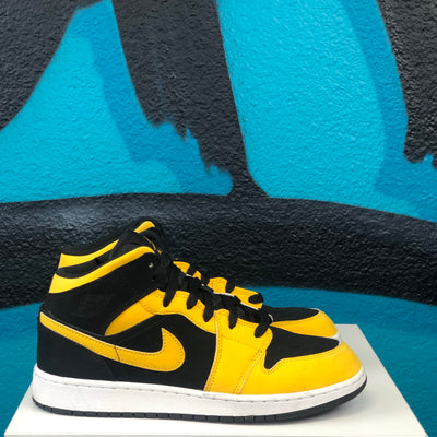 Nike Air Jordan 1 Mis GS 'Reverse New Love'